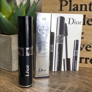 4 for $30 DIOR DIORSHOW Mascara Deluxe Travel Sz